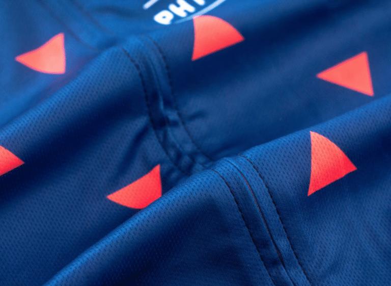 tenue cycliste kit ensemble cyclisme homme bleue