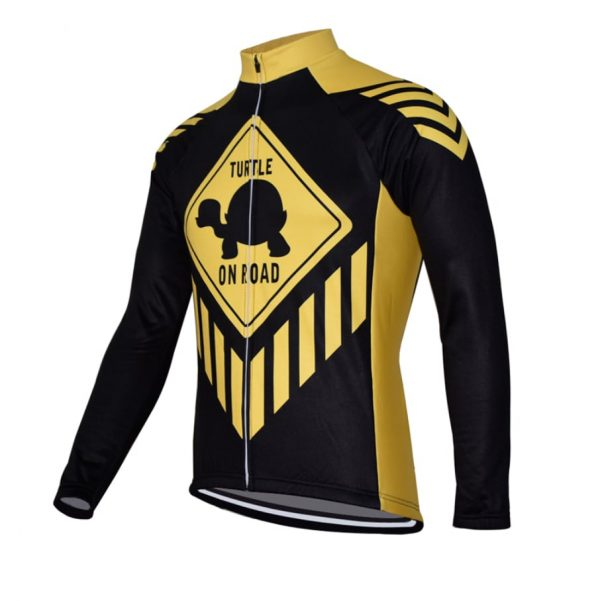 maillot manches longues cyclisme turtle on road